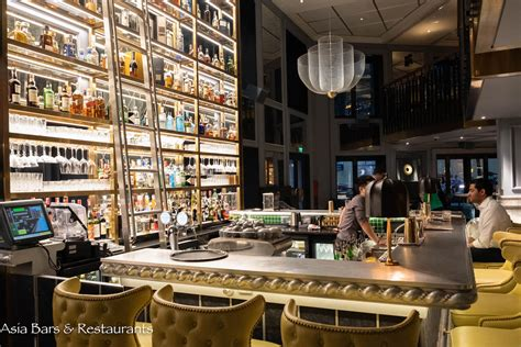 angelina – contemporary cocktail bar – whisky lounge