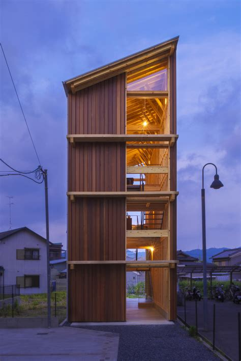 House for Pottery Festival / Office for Environment