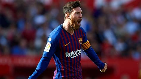 Lionel Messi scores 50th career hat-trick as Barcelona win