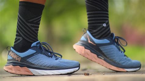 HOKA ONE ONE ARAHI 3 REVIEW: The Clifton 6 with stability