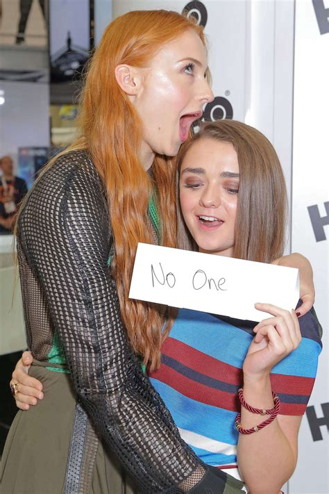 30 Times Sophie Turner And Maisie Williams Set True