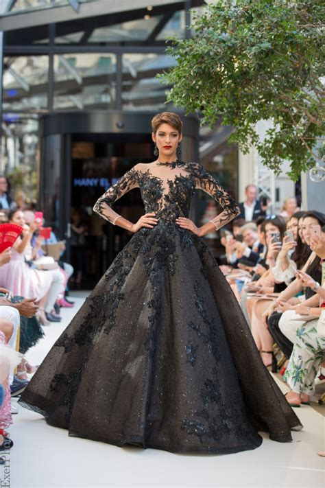 Oriental Fashion Show: between luxury and tradition COLLEZIONI