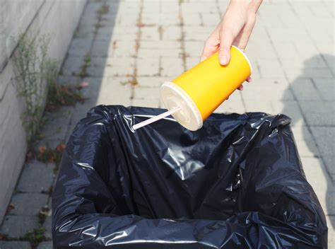 Trash Talk and Recycling for Kids - Kids Discover