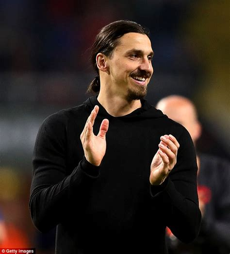 Sweden fans turn their back on Zlatan Ibrahimovic   Daily