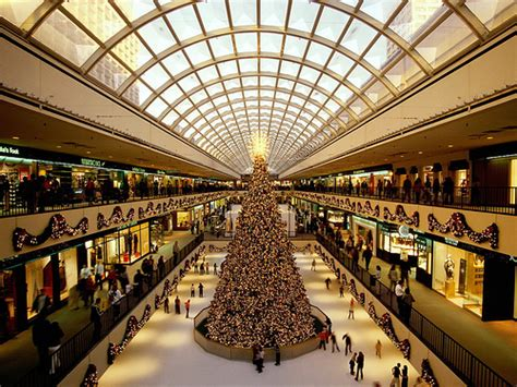 Redefining the Face Of Beauty : TOP 10 SHOPPING MALLS IN