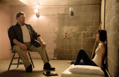 '10 Cloverfield Lane' Movie Review - Rolling Stone