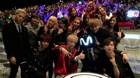 JYP gives 'no no' on dating to GOT7 and TWICE   SBS PopAsia