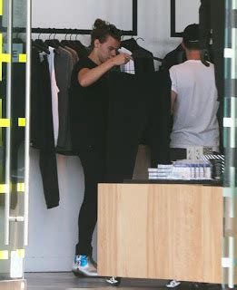 One Direction Germany: Harry in Melrose (07