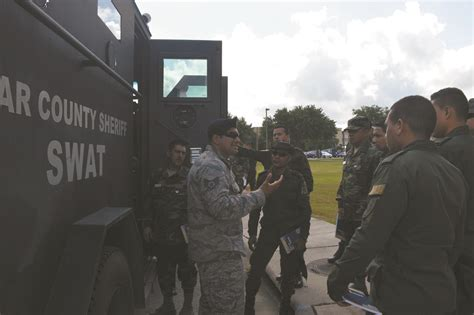 Bexar County Sheriff's Office conducts SWAT seminar with