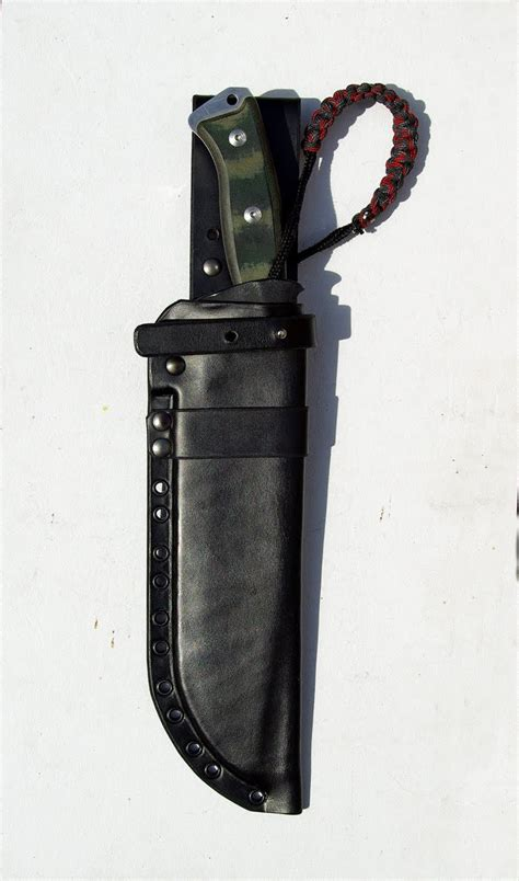 Sheaths for Knives: August 2010