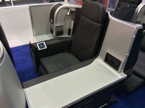 Review: JetBlue's new Mint business class seats and suites