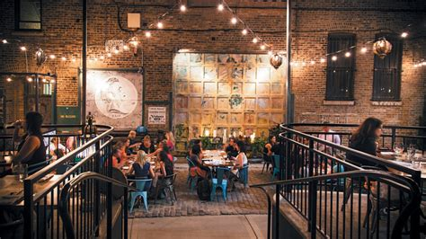 A complete guide to the West Loop neighborhood