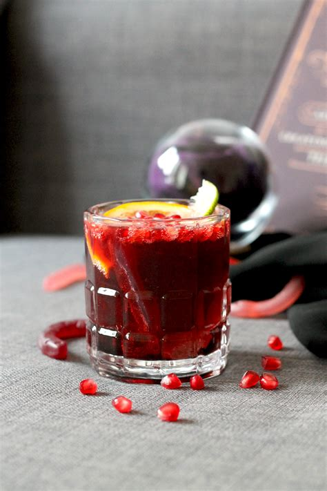 10 Delicious DIY Halloween Cocktails For Adults - Shelterness
