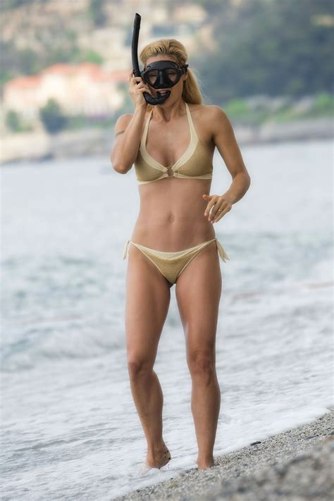 Michelle Hunziker Sexy (26 New Photos) | #TheFappening